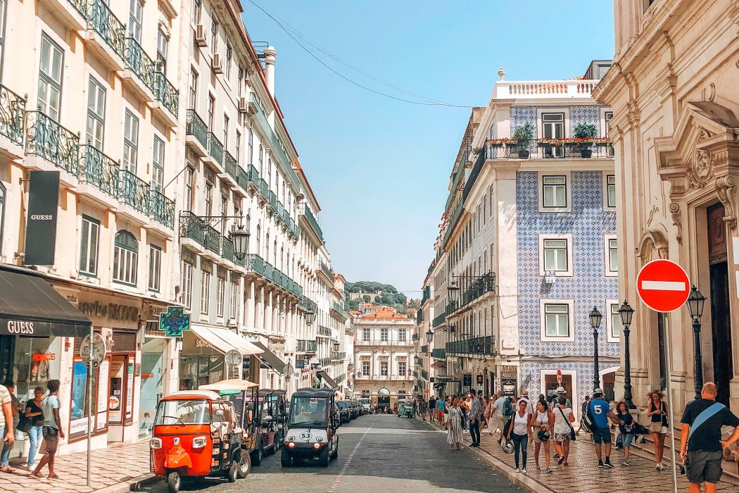 Road Trip from Faro to Lisbon: Exploring Portugal's West Coast