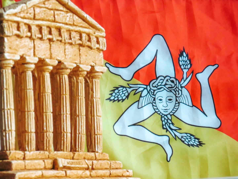 flag-of-sicily-agrigento-sicily-flag