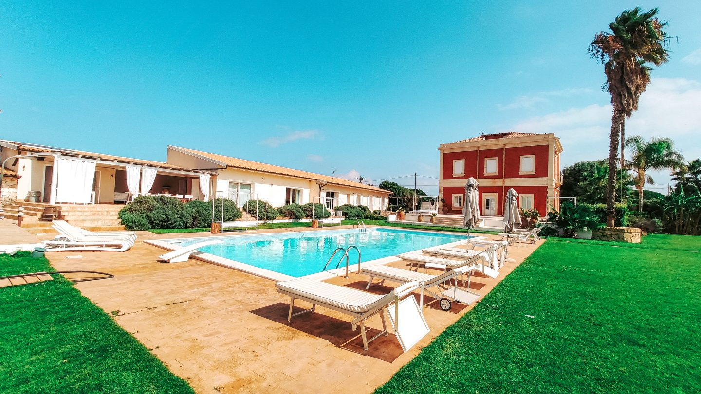 agrigento-sicily-villa-airbnb-airbnb-luxe