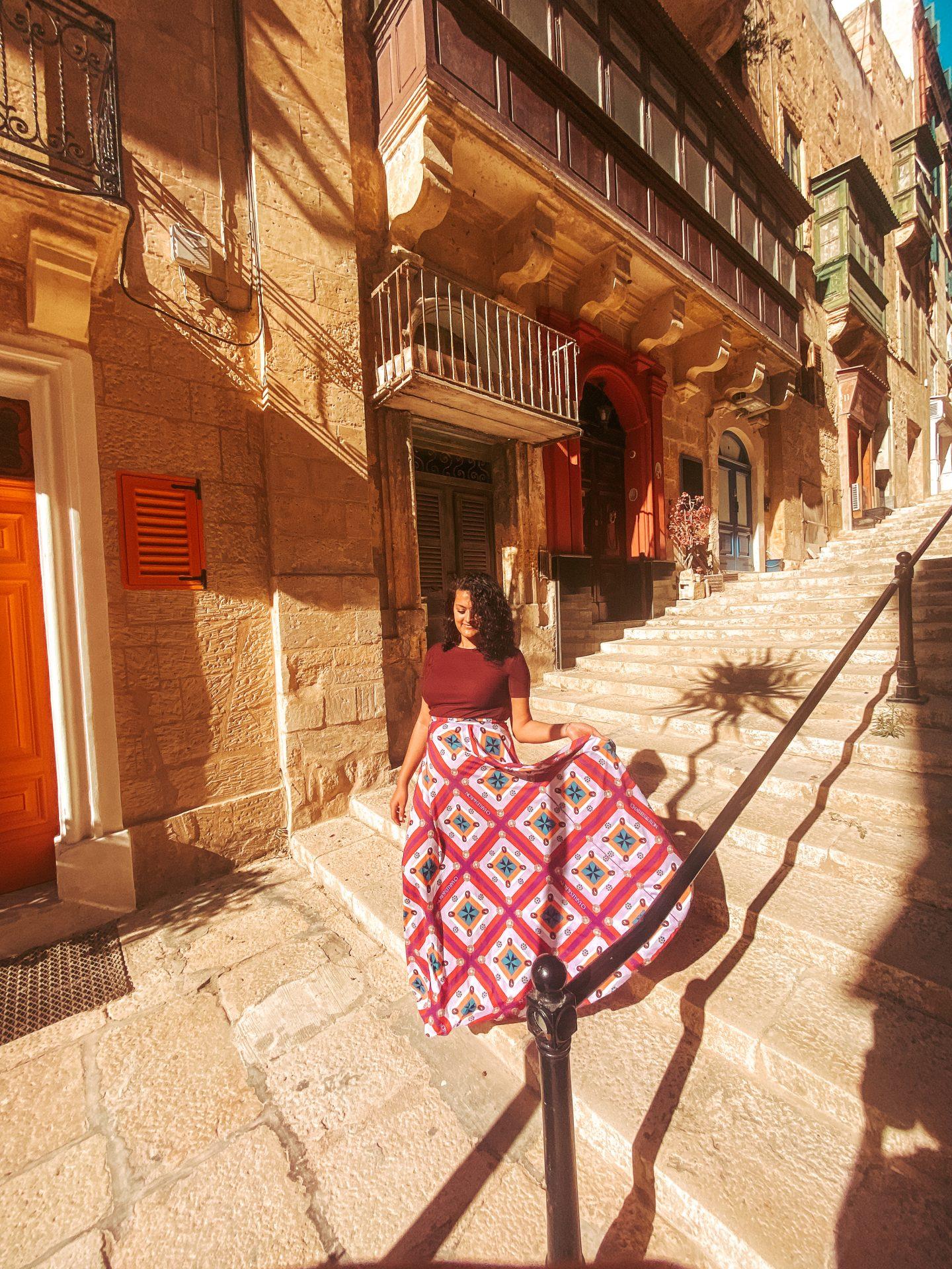 valletta-malta-side-streets-old